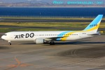 いおりさんが、羽田空港で撮影したAIR DO 767-381の航空フォト(写真)