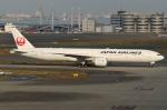 Wings Flapさんが、羽田空港で撮影した日本航空 777-346/ERの航空フォト(写真)
