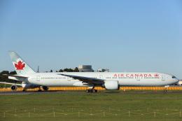 安芸あすかさんが、成田国際空港で撮影したエア・カナダ 777-333/ERの航空フォト(写真)