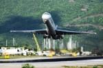 こじゆきさんが、プリンセス・ジュリアナ国際空港で撮影したインセルエア・アルバ MD-82 (DC-9-82)の航空フォト(写真)