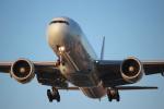天空の鳩さんが、トロント・ピアソン国際空港で撮影したエア・カナダ 777-333/ERの航空フォト(写真)