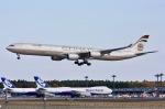 KAW-YGさんが、成田国際空港で撮影したエティハド航空 A340-642Xの航空フォト(写真)