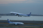 poppoya-makochanさんが、羽田空港で撮影した全日空 777-381の航空フォト(写真)