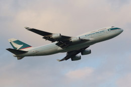 ジェットジャンボさんが、成田国際空港で撮影したキャセイパシフィック航空 747-467の航空フォト(写真)