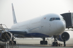 JA8037さんが、上海浦東国際空港で撮影したメガ・モルディブ・エア 767-306/ERの航空フォト(写真)