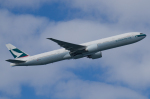 よっしぃさんが、羽田空港で撮影したキャセイパシフィック航空 777-367/ERの航空フォト(写真)