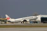 non-nonさんが、那覇空港で撮影した日本トランスオーシャン航空 737-4Q3の航空フォト(写真)