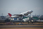 JA946さんが、伊丹空港で撮影した日本航空 A300B4-622Rの航空フォト(写真)