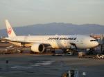 TUILANYAKSUさんが、伊丹空港で撮影した日本航空 777-346/ERの航空フォト(写真)