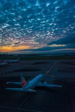 Simeonさんが、那覇空港で撮影した日本トランスオーシャン航空 737-446の航空フォト(写真)