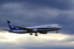 Fat Methenyさんが、成田国際空港で撮影した全日空 767-381/ERの航空フォト(写真)