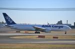 雲霧さんが、成田国際空港で撮影した全日空 767-381Fの航空フォト(写真)