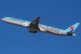 じゃがさんが、成田国際空港で撮影した大韓航空 777-3B5/ERの航空フォト(写真)
