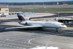 Gambardierさんが、フランクフルト国際空港で撮影したシベリア航空 Tu-154Mの航空フォト(写真)