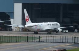 Willieさんが、シンガポール・チャンギ国際空港で撮影した日本航空 767-346/ERの航空フォト(写真)
