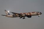 ファインディングさんが、羽田空港で撮影した全日空 777-381/ERの航空フォト(写真)