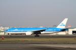 MOHICANさんが、福岡空港で撮影したKLMオランダ航空 777-206/ERの航空フォト(写真)