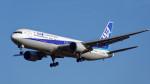 オキシドールさんが、成田国際空港で撮影した全日空 767-381/ERの航空フォト(写真)