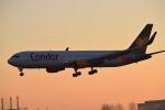 ミュンヘン・フランツヨーゼフシュトラウス空港 - Munich Franz Josef Strauss Airport [MUC/EDDM]で撮影されたコンドル - Condor [DE/CFG]の航空機写真