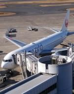 そのまんま南さんが、羽田空港で撮影した日本航空 767-346の航空フォト(写真)