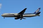 Juliaさんが、成田国際空港で撮影した全日空 767-381/ERの航空フォト(写真)