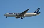 Juliaさんが、成田国際空港で撮影した全日空 767-381/ER(BCF)の航空フォト(写真)