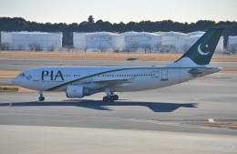 IL-18さんが、成田国際空港で撮影したパキスタン国際航空 A310-324/ETの航空フォト(写真)