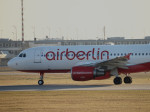 gomaさんが、ミュンヘン・フランツヨーゼフシュトラウス空港で撮影したエア・ベルリン A320-216の航空フォト(写真)