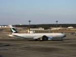 よんすけさんが、成田国際空港で撮影したキャセイパシフィック航空 777-367の航空フォト(写真)