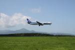Maestroさんが、中標津空港で撮影した全日空 767-381の航空フォト(写真)
