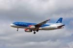 Gambardierさんが、ロンドン・ヒースロー空港で撮影したbmi A320-232の航空フォト(写真)