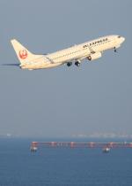 まさとしさんが、羽田空港で撮影したJALエクスプレス 737-846の航空フォト(写真)