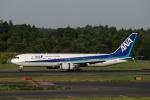 Nambu201さんが、成田国際空港で撮影した全日空 767-381/ERの航空フォト(写真)