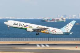 岡崎美合さんが、羽田空港で撮影したAIR DO 767-381の航空フォト(写真)