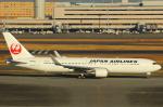 ハンバーグ師匠さんが、羽田空港で撮影した日本航空 767-346/ERの航空フォト(写真)