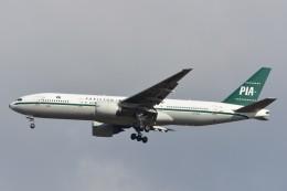 B747‐400さんが、成田国際空港で撮影したパキスタン国際航空 777-2Q8/ERの航空フォト(写真)