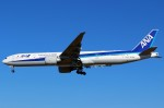 ばっきーさんが、成田国際空港で撮影した全日空 777-381/ERの航空フォト(写真)