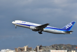 Nikon787さんが、松山空港で撮影した全日空 767-381/ERの航空フォト(写真)