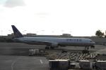 よしポンさんが、ホノルル国際空港で撮影したユナイテッド航空 767-424/ERの航空フォト(写真)