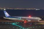 岡崎美合さんが、羽田空港で撮影した全日空 777-281の航空フォト(写真)