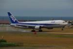 よしポンさんが、稚内空港で撮影した全日空 767-381の航空フォト(写真)