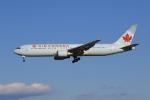 気分屋さんが、成田国際空港で撮影したエア・カナダ 767-375/ERの航空フォト(写真)