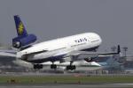 senyoさんが、成田国際空港で撮影したヴァリグ MD-11の航空フォト(写真)