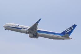 Semirapidさんが、関西国際空港で撮影した全日空 767-381/ERの航空フォト(写真)