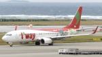誘喜さんが、那覇空港で撮影したティーウェイ航空 737-8HXの航空フォト(写真)