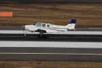 ぽんさんが、高松空港で撮影した個人所有 A36 Bonanza 36の航空フォト(写真)