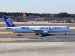 きゅうさんが、成田国際空港で撮影した全日空 767-381Fの航空フォト(写真)