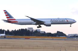 narita-rjaaさんが、成田国際空港で撮影したアメリカン航空 777-323/ERの航空フォト(写真)