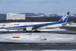 kinsanさんが、新千歳空港で撮影した全日空 777-281の航空フォト(写真)