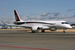Jason Pengさんが、名古屋飛行場で撮影した三菱航空機 MRJ90STDの航空フォト(写真)